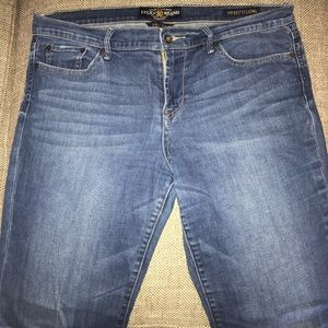 EUC Lucky Brand Sweet N Low Flare Jeans Size 14.